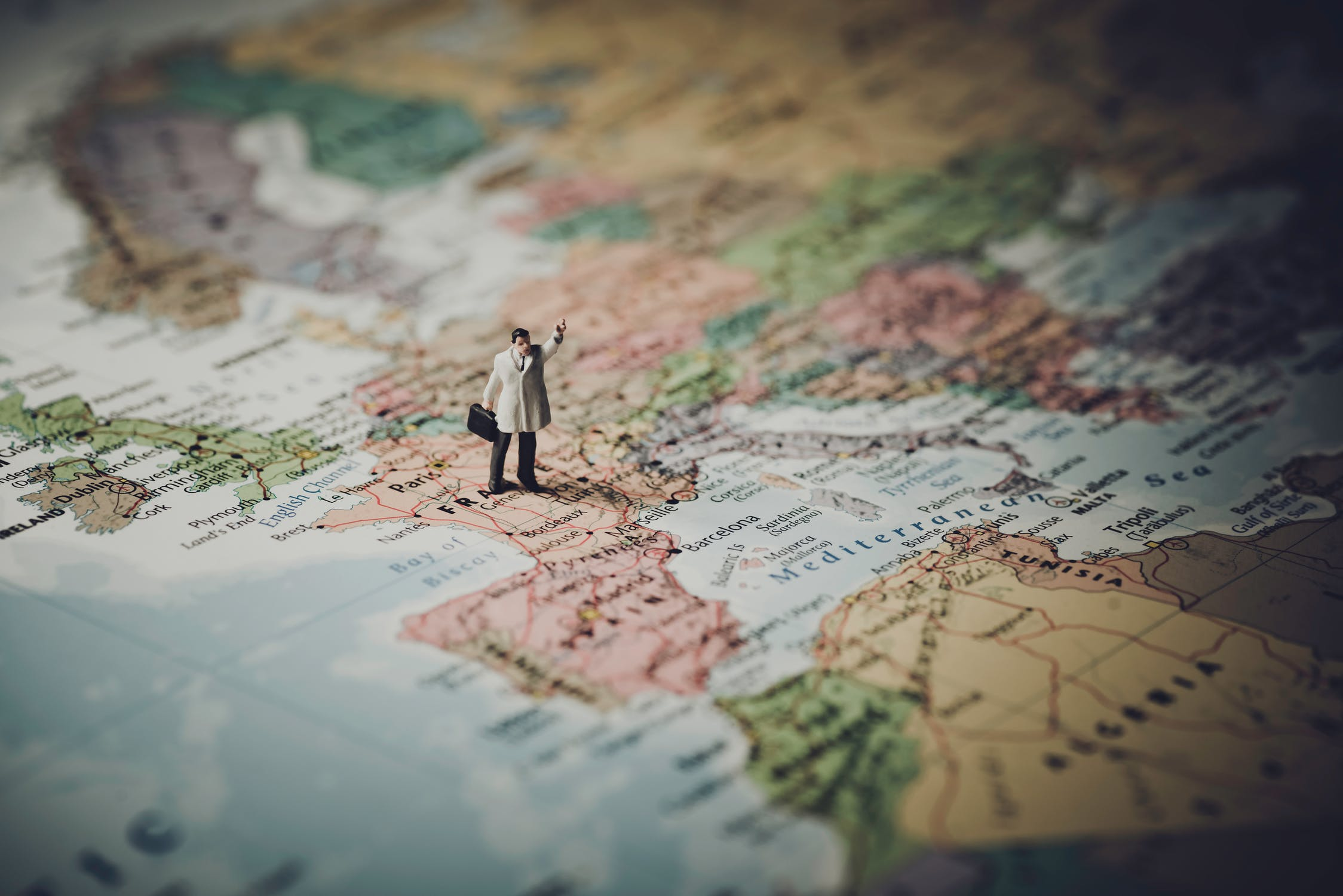 Do you want to get paid, to travel the world? People like you are enjoying their jobs traveling the world, every day! Here are some of the best traveling jobs out there.